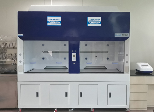 2.4m Laboratory Fume Hood
